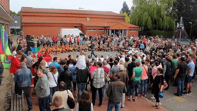 Schüler, Lehrer und Eltern in Diepholz